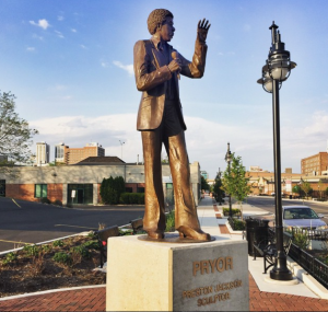 Statue of Richard Pryor by local artist Preston Jackson, unveiled in May 2015